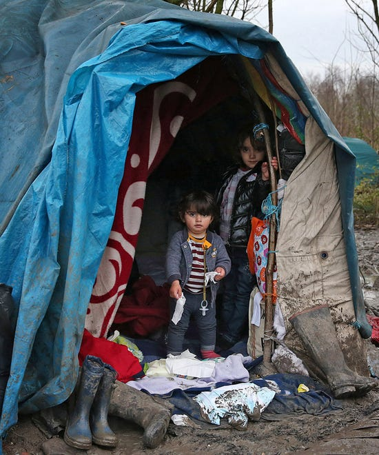 Refugee Children Moving To UK From Calais Jungle