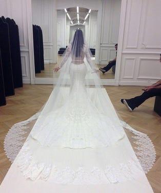 vogue-weddings-opener