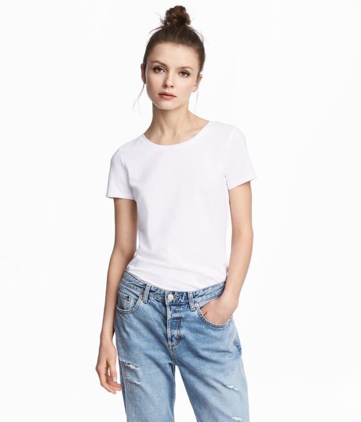 Best White T Shirts- Gap, Reformation, Everlane, Hanes