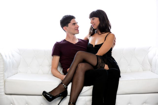 couple trys out new sex toys whimpering