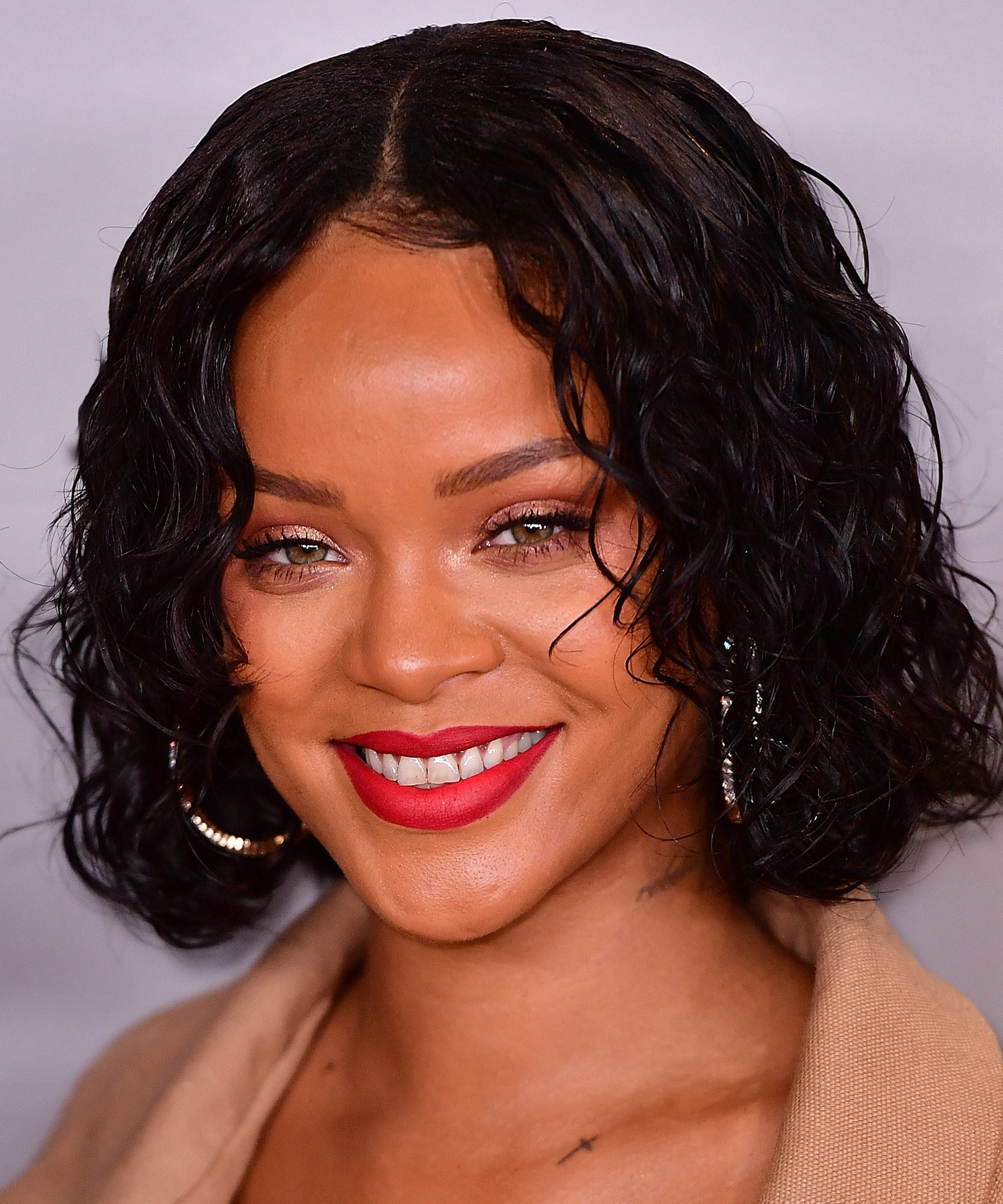 Rihanna - News, Photos, Latest Music, Interviews