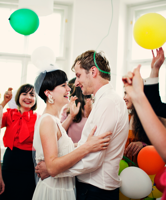 5 Wedding After Party Ideas To Keep The Good Times Rolling