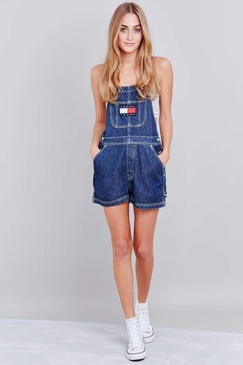 b0ca62c1122f8 http://www.refinery29.uk/2016/05/112485/jetblue-slut-shaming-dress ...