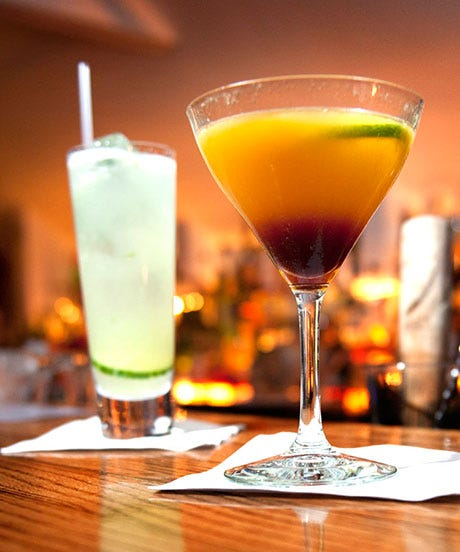 Going To Newport? Stop By The Locals' Best Spots For Day-Drinking