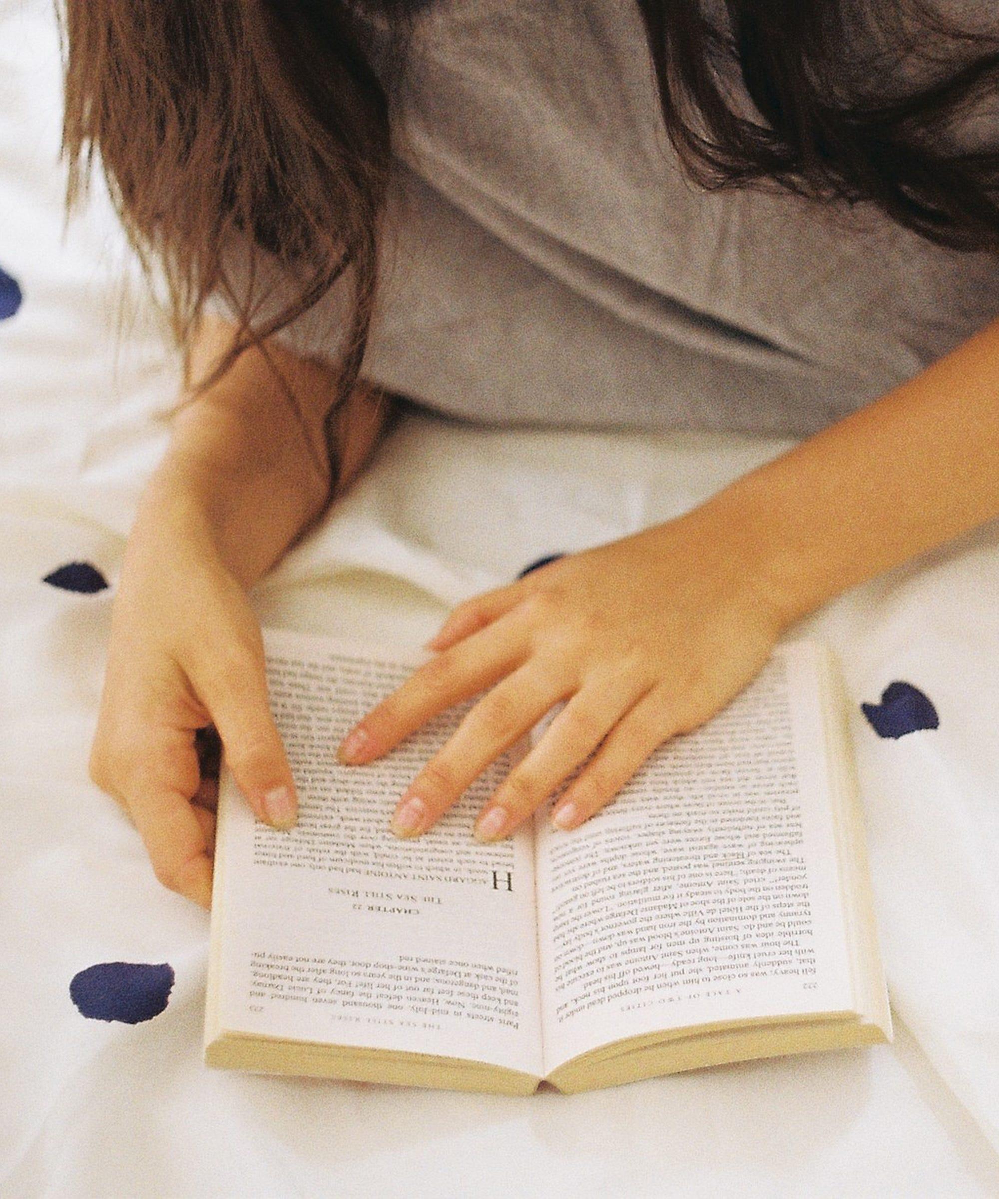 AdaHamza-sex-in-books-1