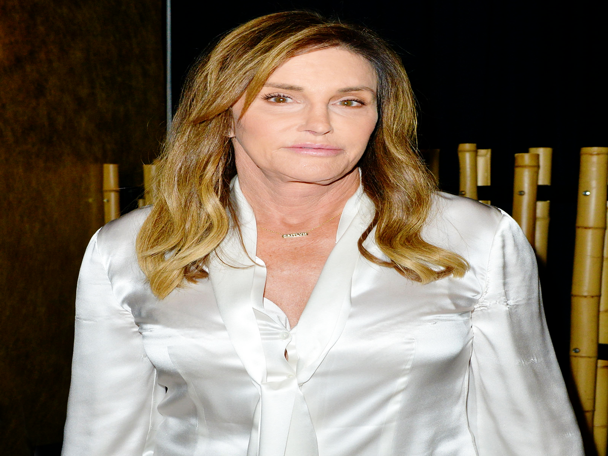 Caitlyn Jenner Apologizes For That MAGA Hat