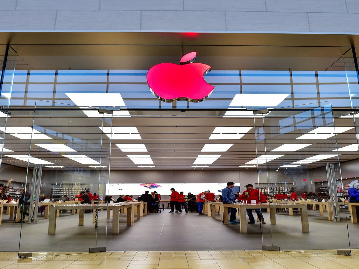 No, You re Not Imagining It — The Apple Store Looks Different Today