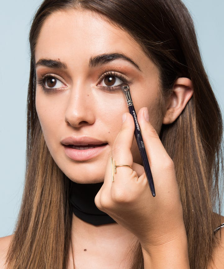 8 Tricks To Make Your Eyes Look Bigger   Brighter. How To Make Your Eyes Look Bigger Makeup Tips