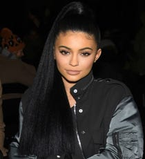 MAIN_KylieJenner