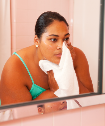 This Strange Internet Phenomenon Could Be The Secret To Clear Pores