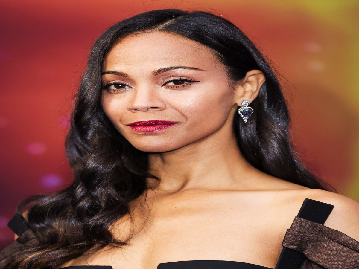 Why Zoe Saldana's Easy-Sounding Workout Trick Is Actually Brilliant