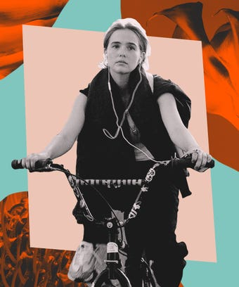 Zoey Deutch Flower Movie