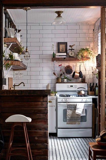 Azulejos blancos en la cocina