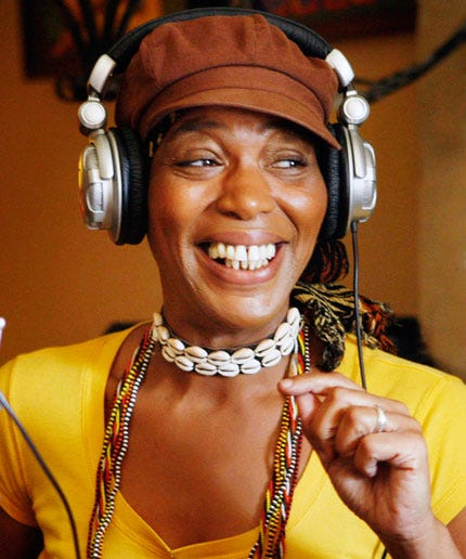 What It Was Really Like To Be A Phone Psychic For Miss Cleo
