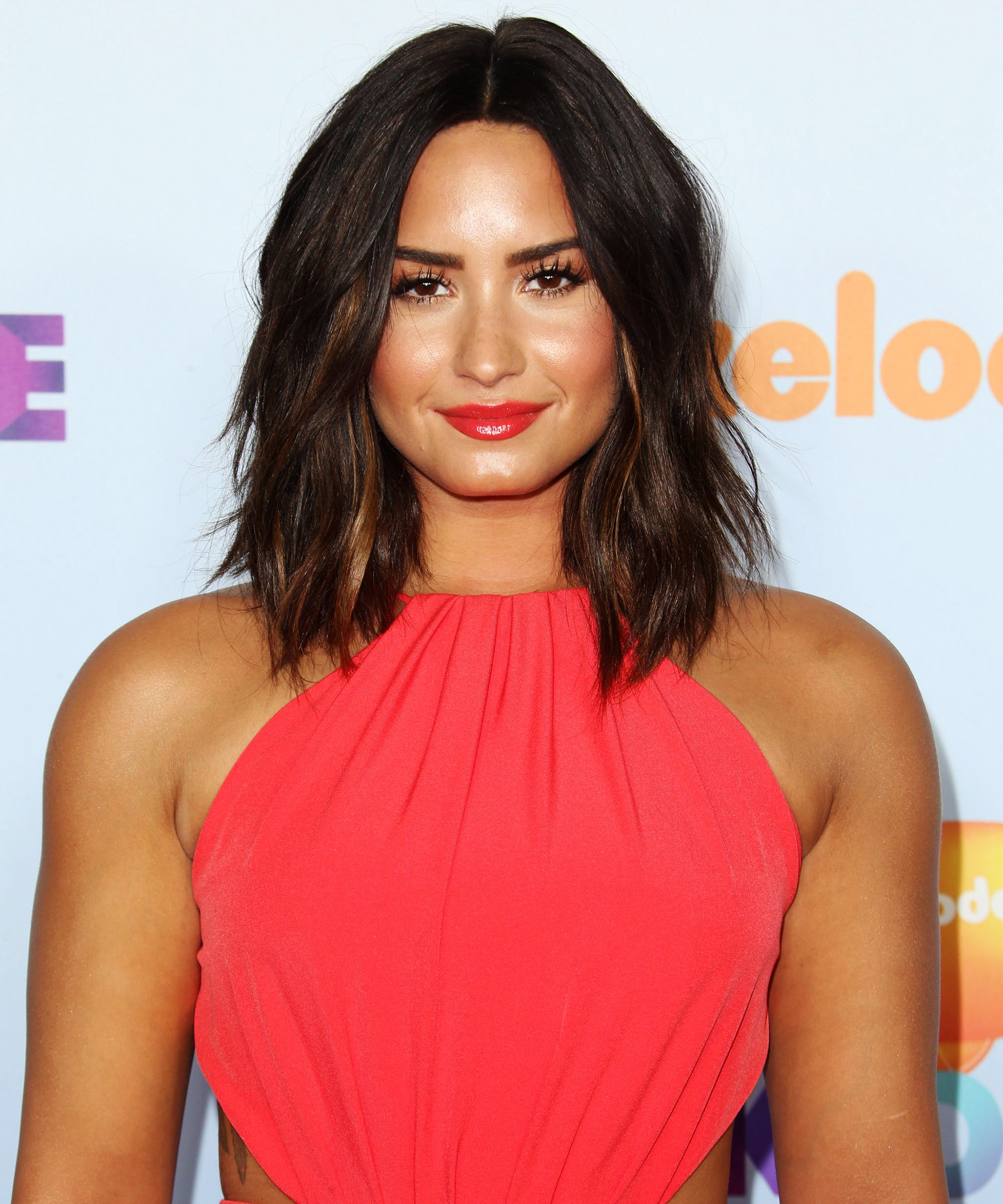 Celebrities Without Makeup - Madonna Demi Lovato