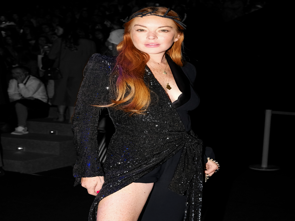 Alert: Lindsay Lohan Covers L Officiel In Prada
