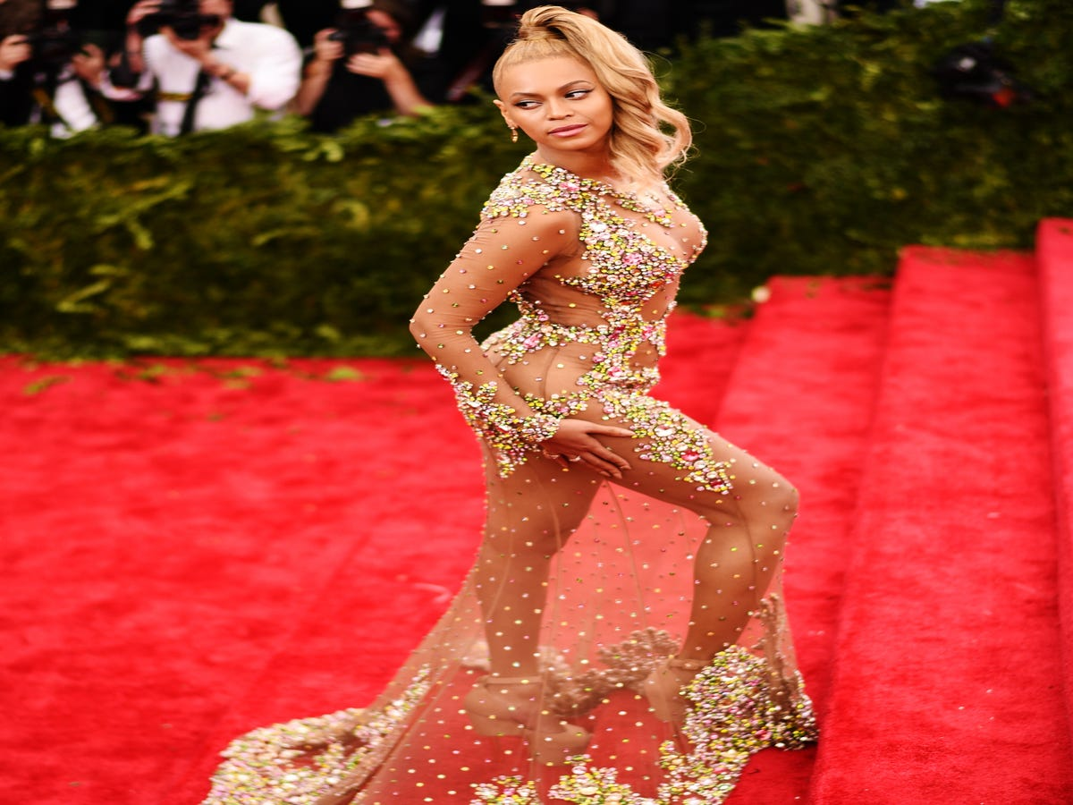 Beyoncé's Obsession With The Number 4, Explained