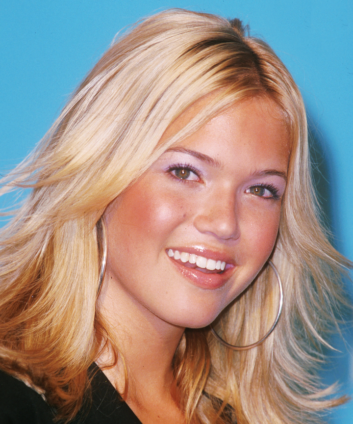 Mandy moore hair makeup trends looks over the years mandy moore walks us through her beauty evolution its epic urmus Choice Image