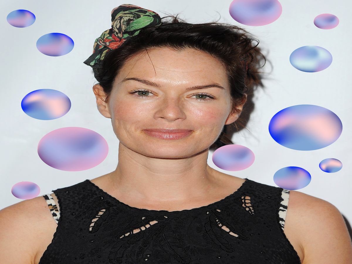 Lena Headey Gets Real About Anxiety & Depression On Twitter