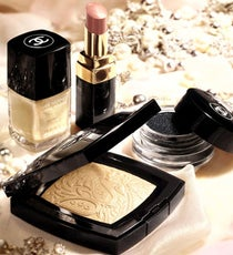 chanel-bombay-makeup-opener