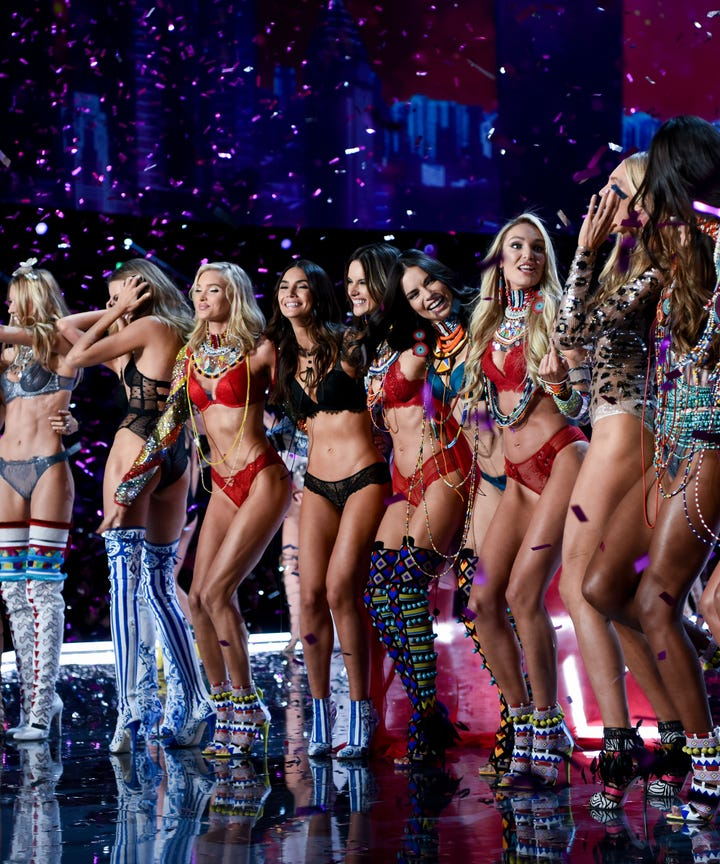 The Sexiest Looks from the Victoria's Secret Fashion Show Viewing Party