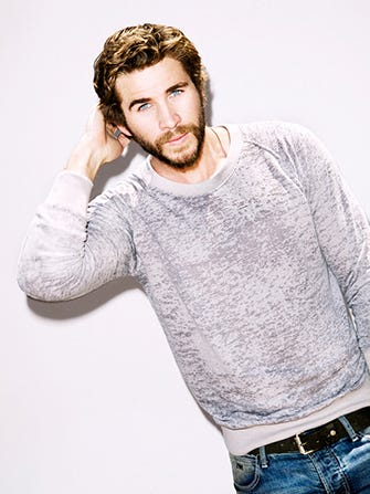 liamhemsworth-embed