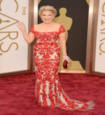 Bette Midler — At a young 68 years old, Bette Midler kills it in a fitted Reem Acra creation covered in red lace. Plus, an all-nude layer beneath, thankyouverymuch. And, while it's usually her voice that makes us stand at attention, this look gives her famous belt some serious competition. Now, that's a first.