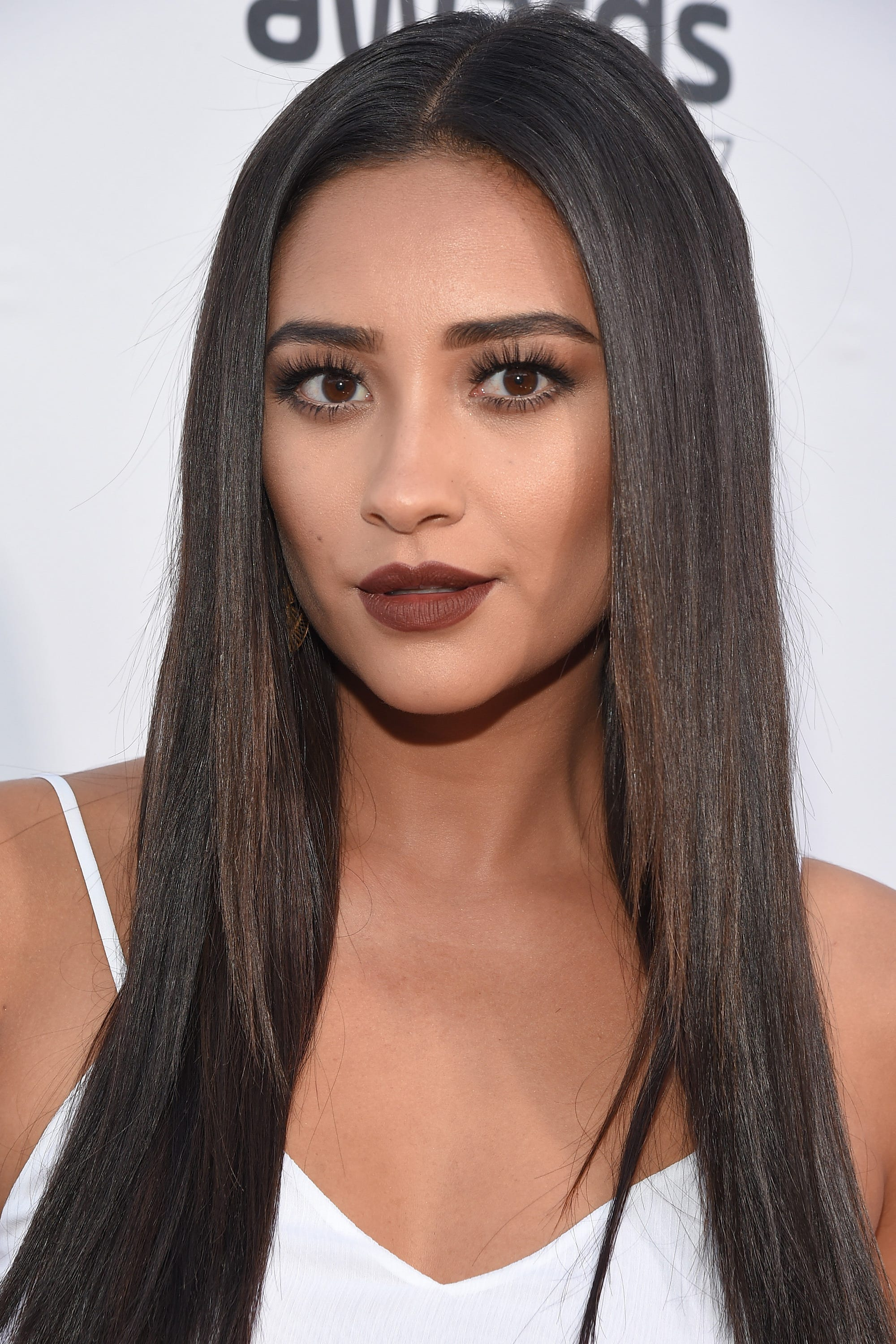 Shay Mitchell Smashbox Palettes Best Beauty Looks