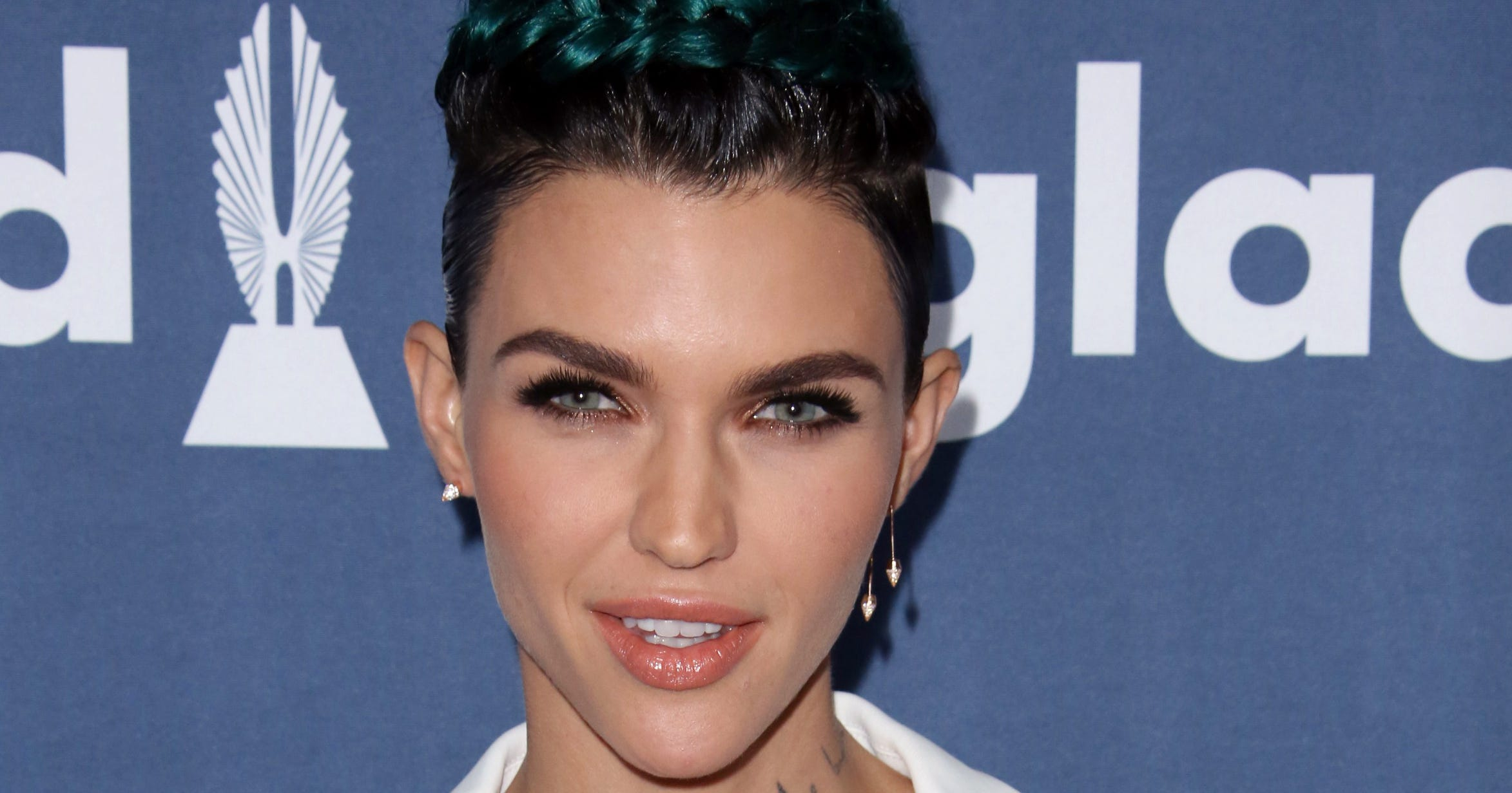 Ruby Rose Dating The Veronicas Singer Jess Origliasso