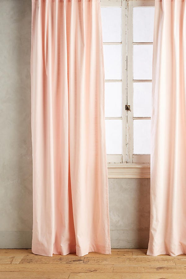 Tumblr millennial pink home decor trend rose quartz - Benefits of light colored upholstery and curtains ...