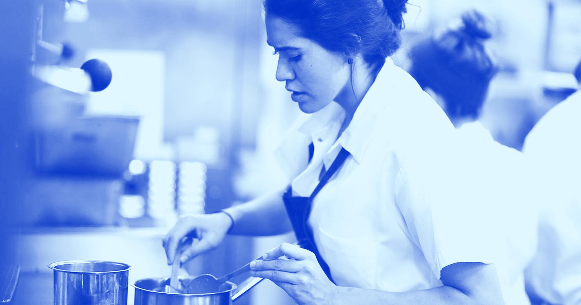 Chef de sex kitchen sex fest with luna rival deepthroating - 3 part 9