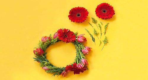 Calling All Titanias: Try This DIY Flower Crown