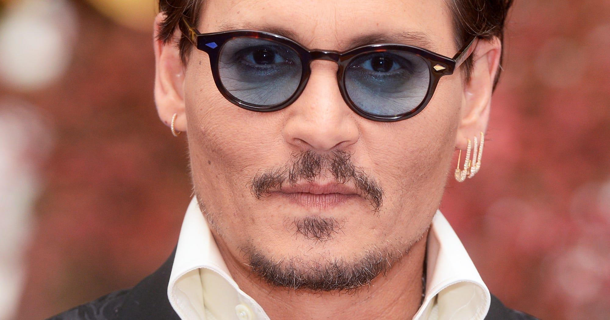 Johnny Depp Career Upd...