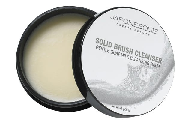 A Cleansing Balm For Your Makeup Brushes