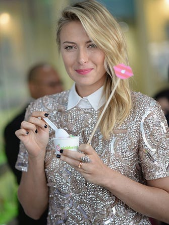 Sugarpova-Launch-at-Pinkberry-142