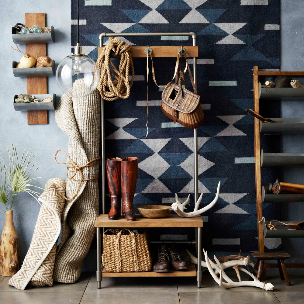 Furniture for small spaces tiny flat solutions for Furnishing a small flat