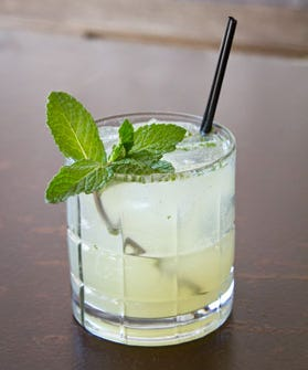 Mixed drinks that are easy to make at home for Easy mixed drinks to make at home