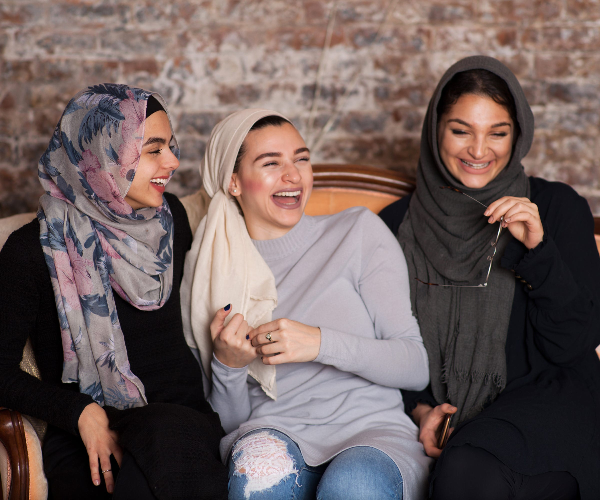 buxton muslim single women We've been helping families get stuff done for over 85 years from favourite names to wilko branded products that you won't find anywhere else, you'll find the things you need every day at the best possible prices.