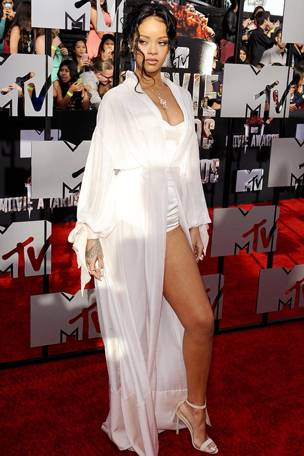 Rihanna Mtv Movie Awards Red Carpet Ulyana Sergeenko
