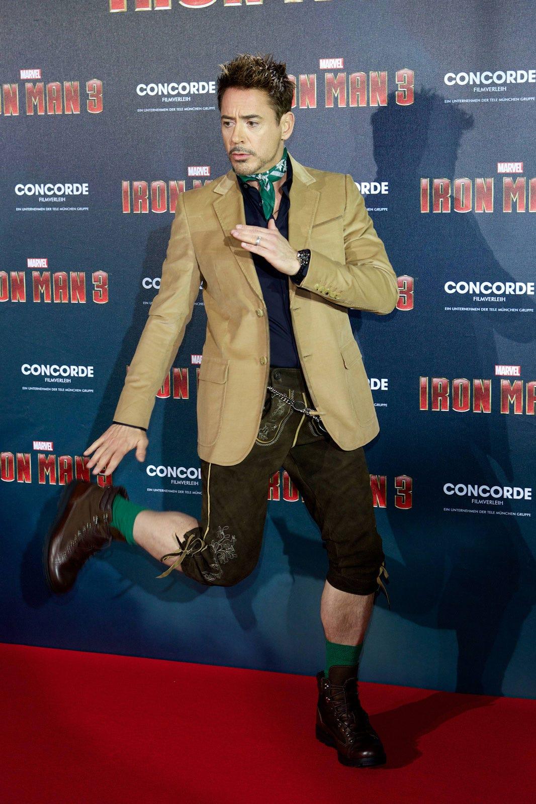25 Most Embarrassing Celebrity Wardrobe Malfunctions ...