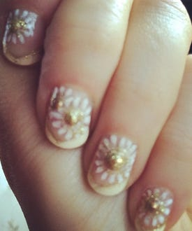zooey-nails
