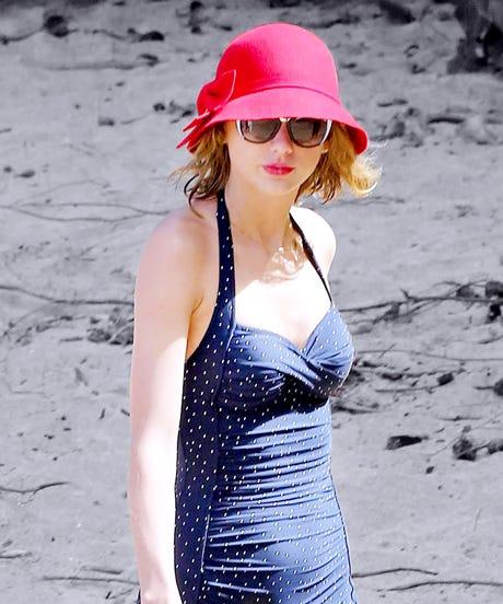 Taylor Swift Hawaii Vacation Bathing Suit Photos