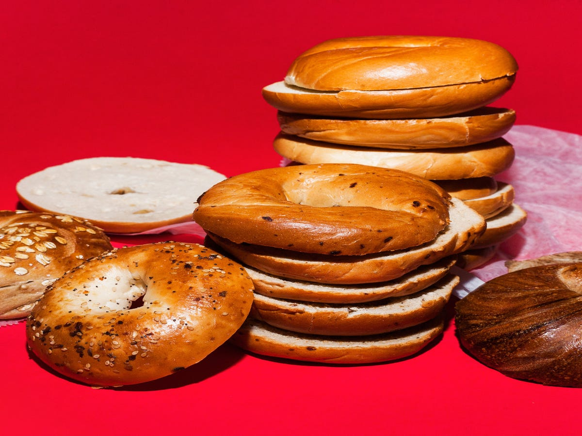 how does coffee meets bagel work