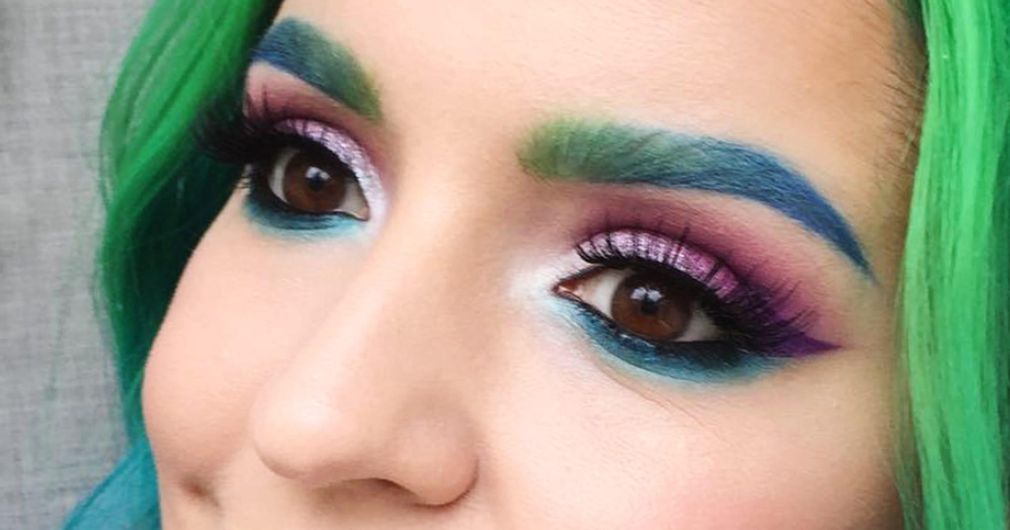 Halsey Eyebrows: Rainbow Eyebrows Fashion Craze
