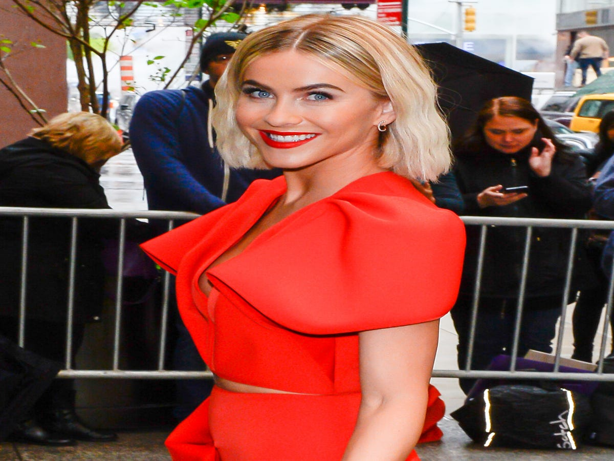 Hollywood s Trendiest Haircut Will Inspire Your Big Summer Chop