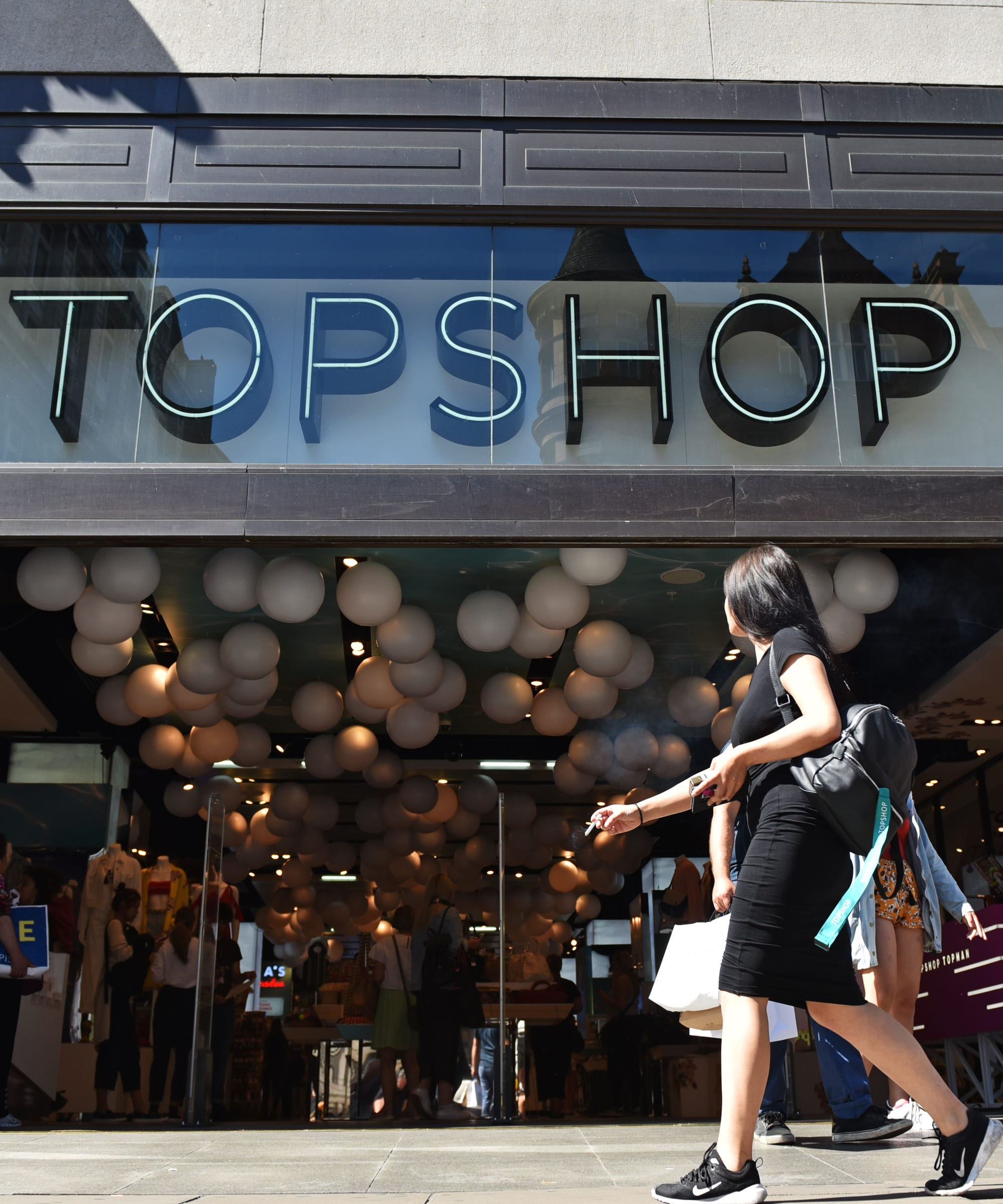 Topshop Is Closing All Its US Stores