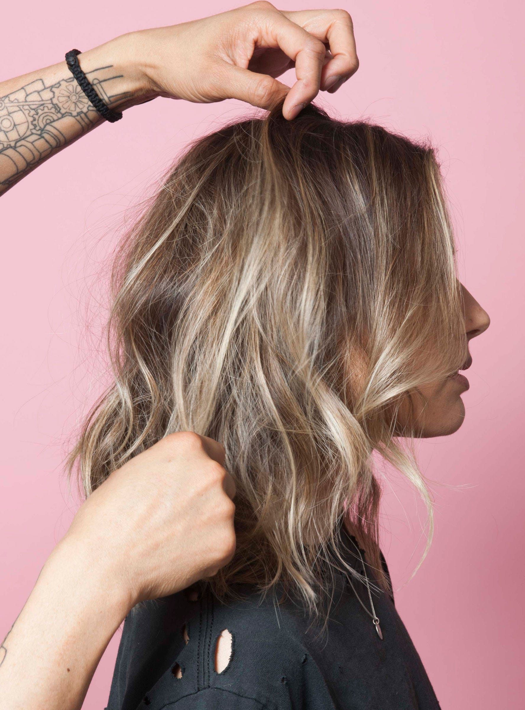 How to make waves on the hair 61