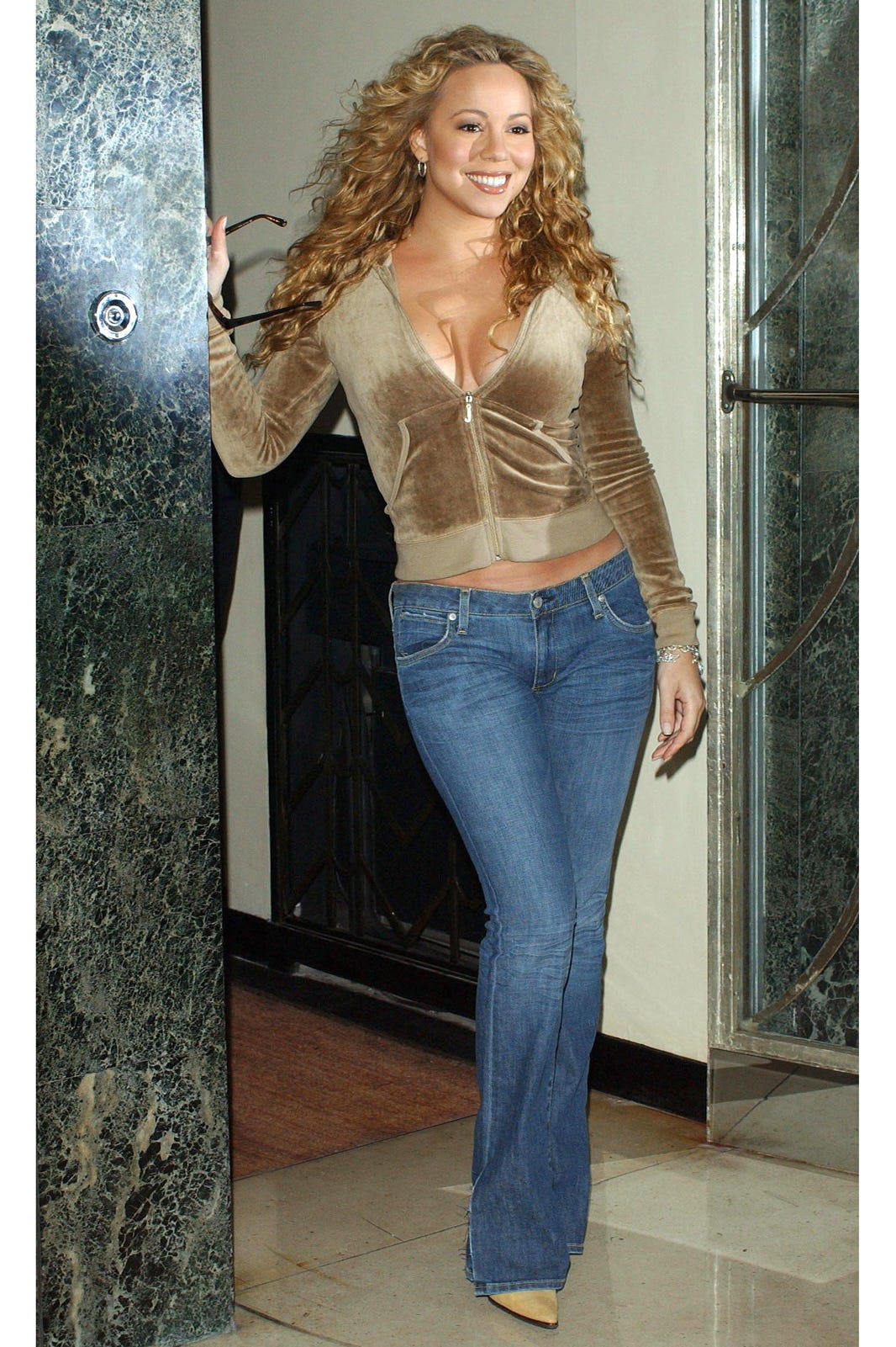 49f95996cf05 Juicy Couture Closing - 2000s Celeb Fashion Trends