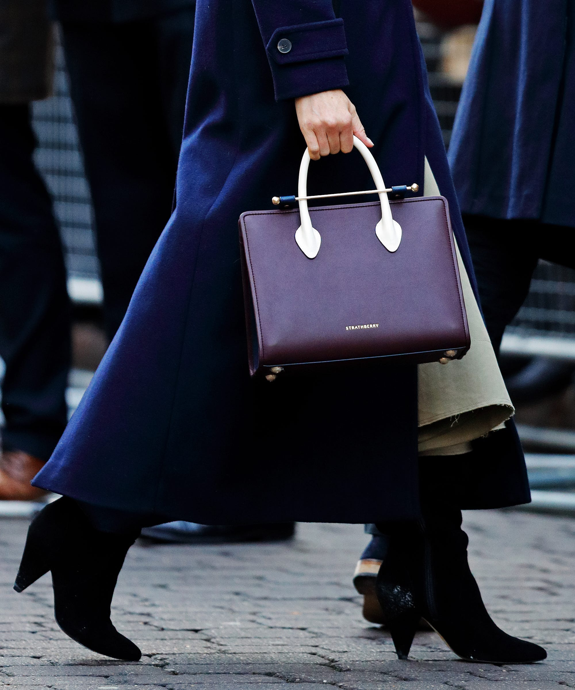 Meghan Markle Strathberry Tote Look-A-Like - Shop 01405aa496600