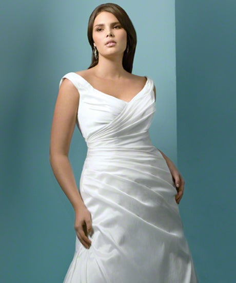 Plus Size Wedding Dresses - Curvy Brides